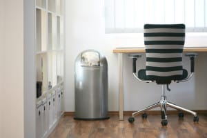 ergonomie am arbeitsplatz bessere r ckengesundheit. Black Bedroom Furniture Sets. Home Design Ideas