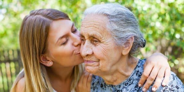 Jugendliche in Pflege von Familienmitgliedern eingebunden